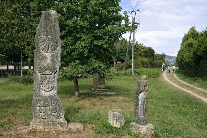 Alter Erinnerungsstein auf Heiligem James Way in Spanien stockfotos
