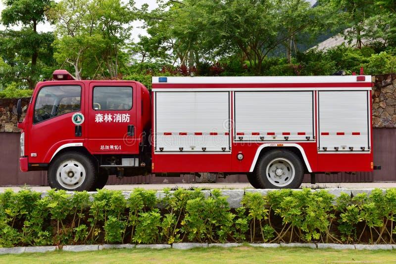 Alter Firetruck am Erscheinen lizenzfreies stockbild