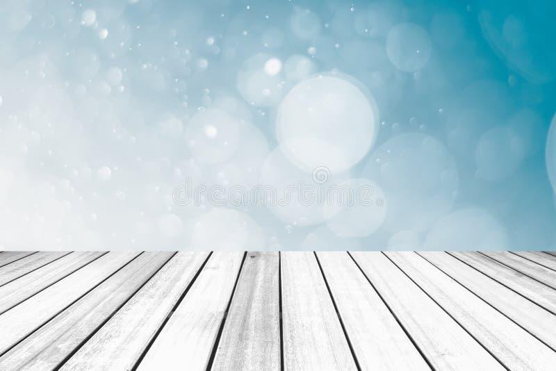 Alter hölzerner Beschaffenheitsboden vor abstraktem grauem Farbe-bokeh BAC lizenzfreies stockfoto