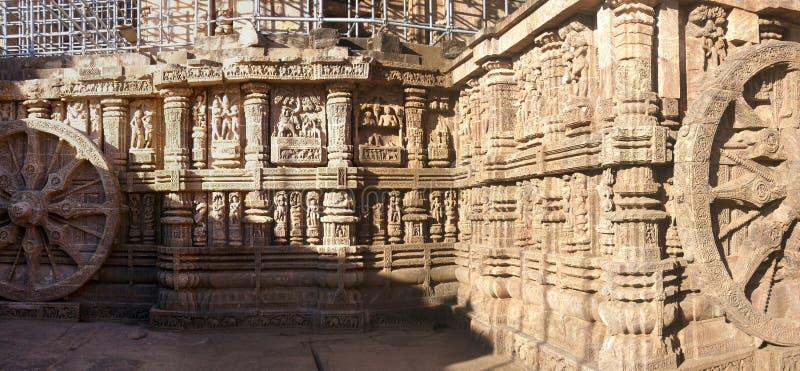 Alter hinduistischer Tempel konzipiert als Chariot stockbild