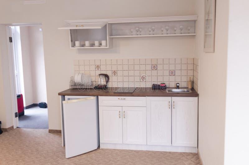 Alter Kücheninnenraum lizenzfreie stockbilder