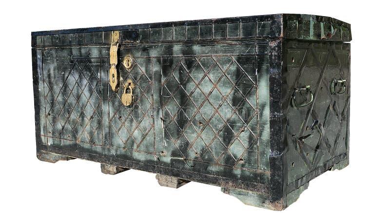 Alter Kasten mit Verschluss auf einem weißen Hintergrund isolat stockfotos