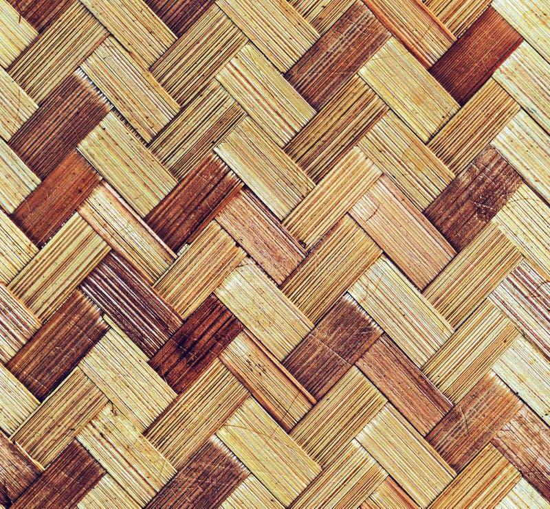 Alter Korb Bambusweidenarbeits-des thailändischen Art-Handwerks von lizenzfreies stockfoto
