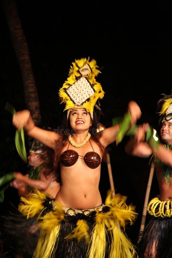 Alter Lahaina Luau - Hawaii-Tänzer stockfotos