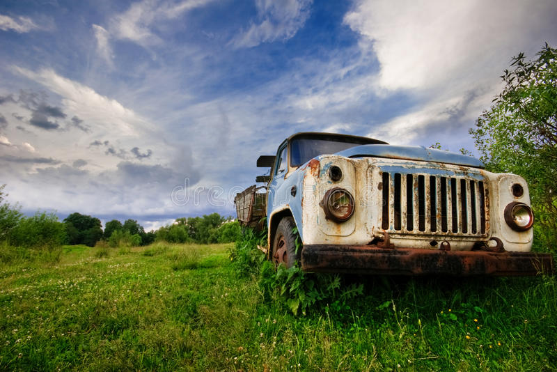 Alter Lastwagen lizenzfreie stockfotos