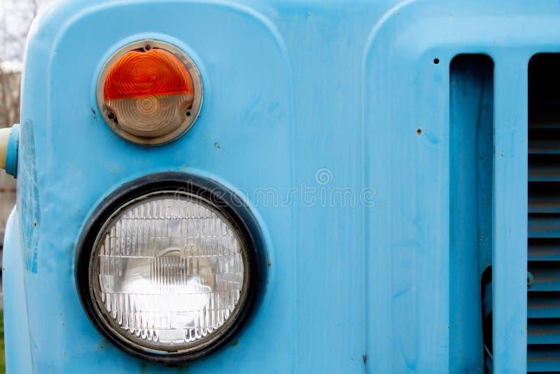 Alter LKW-Scheinwerfer stockbild