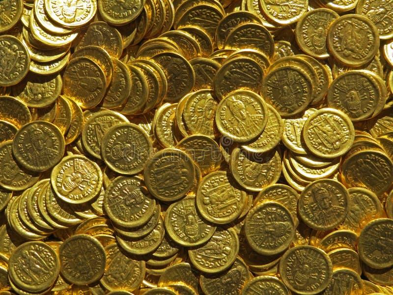 Alter Münzenschatz Gestempeltes goldenes rundes Geld lizenzfreie stockbilder