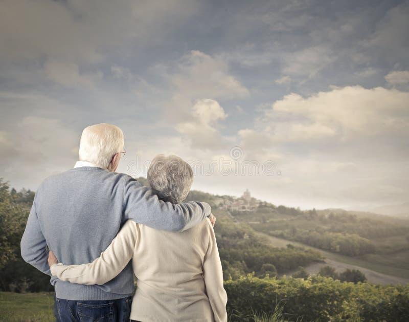 Alter Mann Und Alte Frau Zusammen Stockbild - Bild von