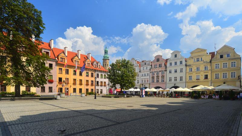 Alter Marktplatz in Jelenia Gora, Polen lizenzfreie stockfotografie