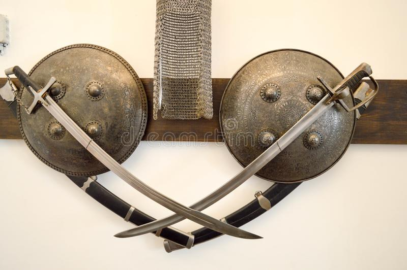 Alter alter mittelalterlicher scharfer gefährlicher Kampf nahm Klingen, NBH gefangen stockfotos
