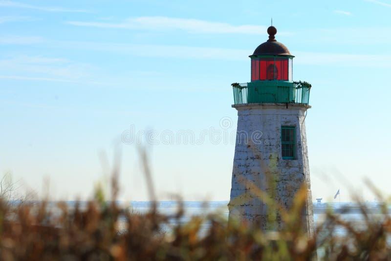 Alter Punkt-Bequemlichkeit-Leuchtturm lizenzfreies stockbild