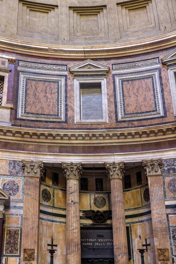 Alter römischer Pantheontempel, Innenraum - Rom lizenzfreie stockfotos