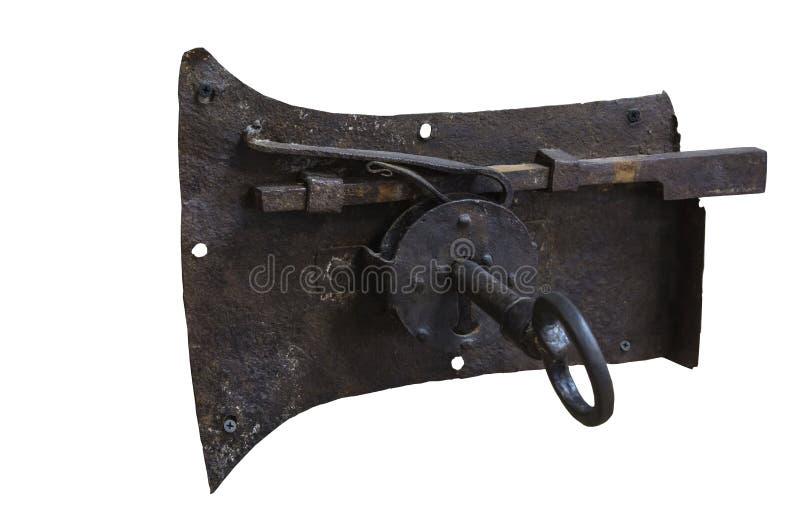 Alter rostiger großer Eisenverschluß mit einem einzigartigen Entwurfsschlüssel auf einem weißen Hintergrund lizenzfreies stockbild