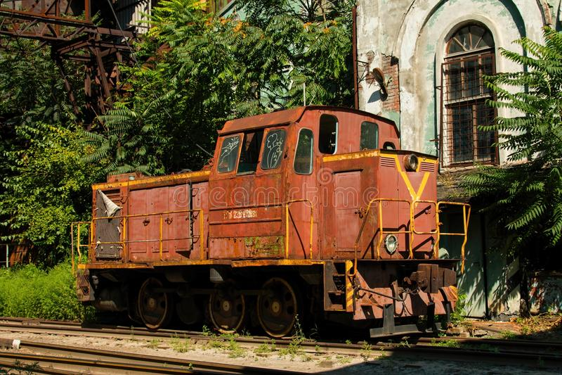 Alter rostiger russischer Zug lizenzfreie stockfotografie