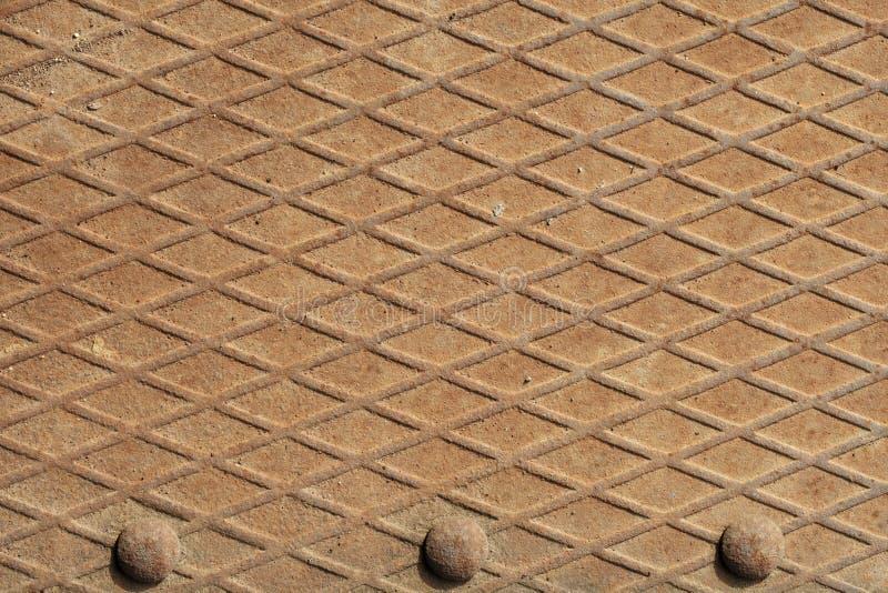 Alter rostiger Stahlfußboden lizenzfreie stockbilder