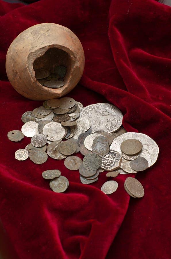 Alter Schatz der Münzen lizenzfreies stockbild