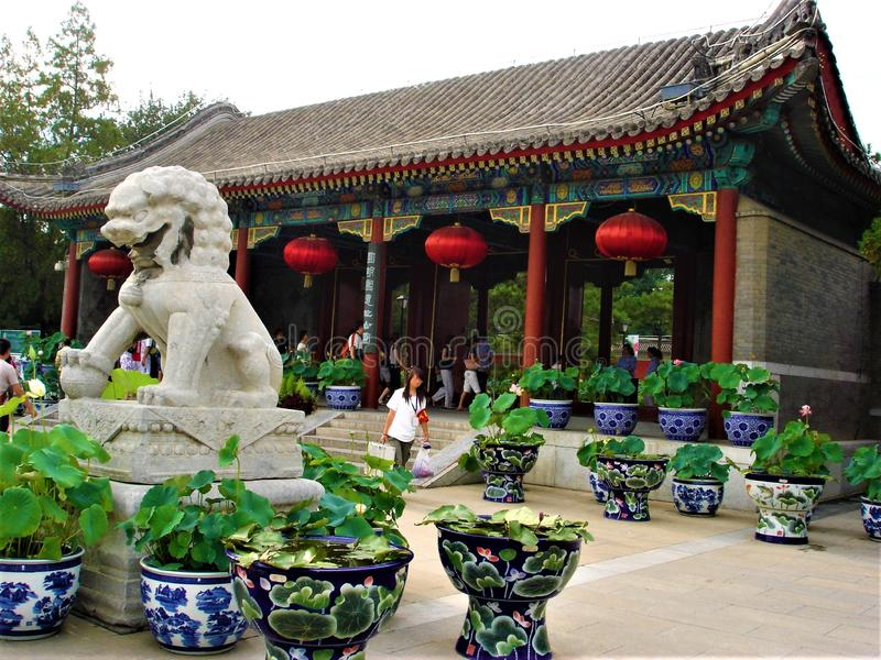 Alter Sommer-Palast oder Yuanming Yuan in Peking-Stadt, China Kunst, Geschichte und Symbole stockfotos
