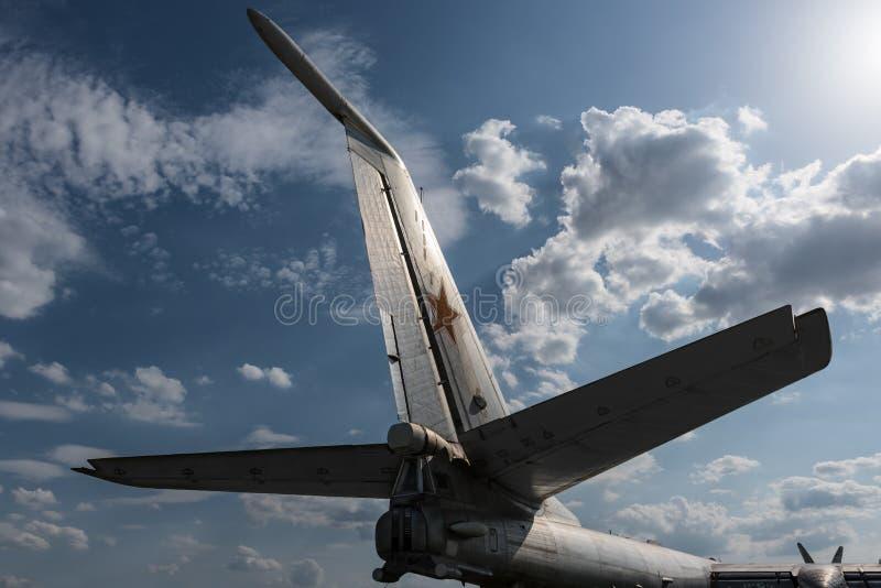 Alter sowjetischer Bomber lizenzfreie stockfotografie