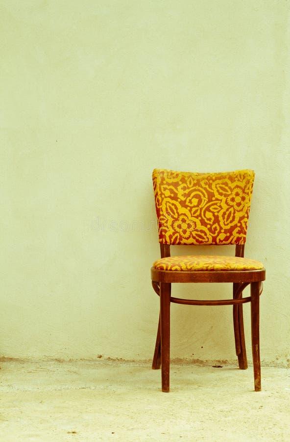 Alter Stuhl, altes Foto lizenzfreie stockfotos