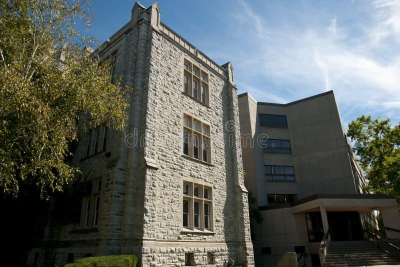 Alter Teil von Miller Building u. neuerer Bruce Wing - Kingston - Kanada stockfotografie