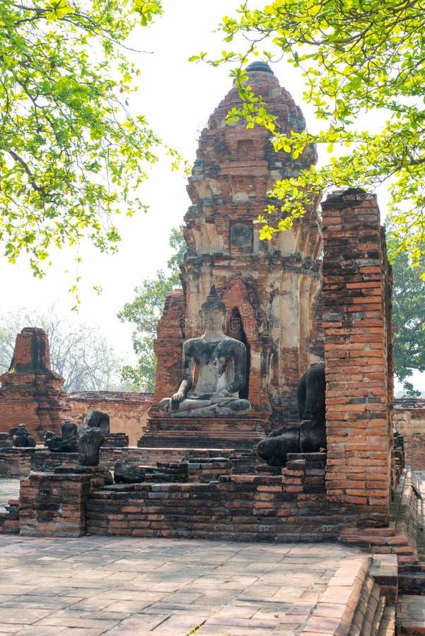 Alter Tempel von altem in Ayutthaya stockfoto