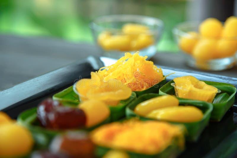 alter thailändischer Nachtisch, thailändischer Süßspeisesatz, Eijoch-Fudgeball lizenzfreie stockfotografie