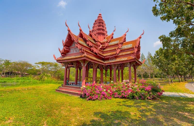 Alter thailändischer Tempel in der alten Stadt, Samut Prakan, Bangkok, Thailand lizenzfreie stockfotografie