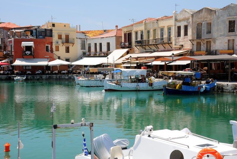 Alter venetianischer Kanal von Rethymno lizenzfreie stockbilder