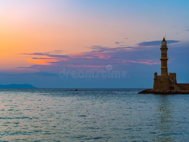 Alter venetianischer Leuchtturm - Chania, Griechenland stockfotografie