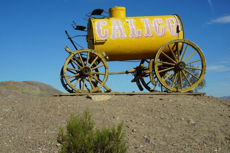 Alter Wagen des Kalikos Pferde lizenzfreie stockbilder