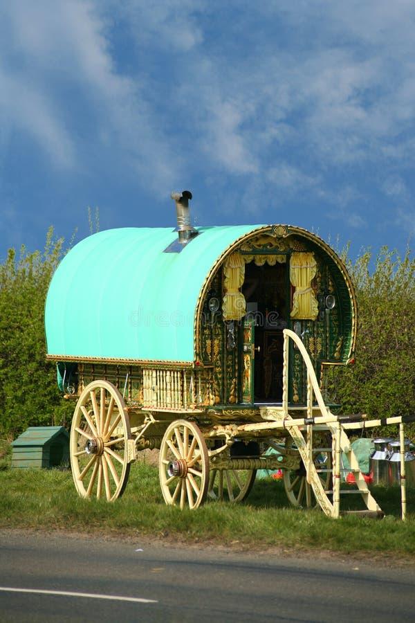 Alter Zigeunerwohnwagen lizenzfreie stockbilder