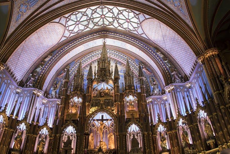 Altere la basílica interior de Notre Dame, Montreal, Quebec, Canadá I foto de archivo libre de regalías