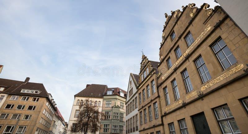 Download Altere O Markt Bielefeld Alemanha Foto de Stock - Imagem de mercado, cortinas: 80101478