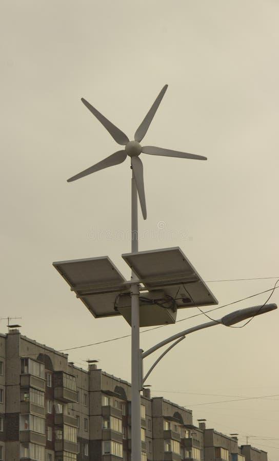 Alternatieve bronnen van elektriciteit stock foto's