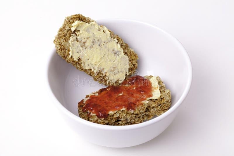 Alternativ frukost av en billig efterrätt! royaltyfria bilder