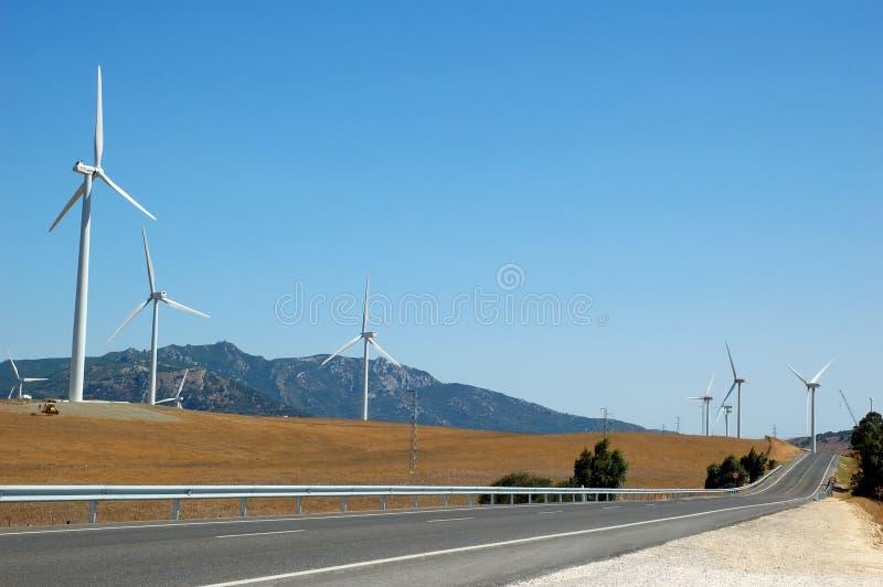 Alternative Energie durch Windturbinen stockfotografie