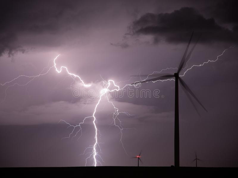 Alternative Energiequellen lizenzfreie stockfotografie