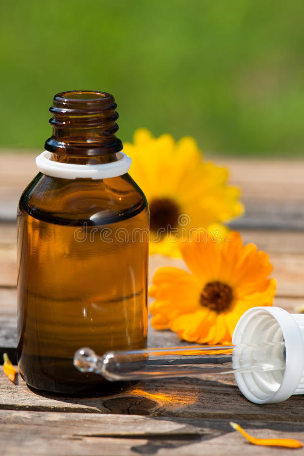 Free Alternative Medicine Stock Photo - 33057390