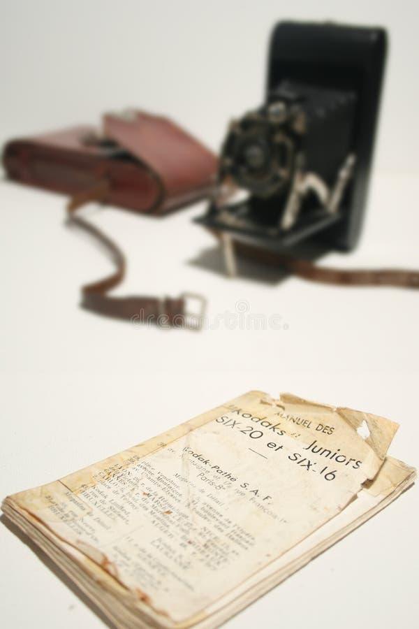 Altes antikes Falte Kamera-Handbuch stockfotografie