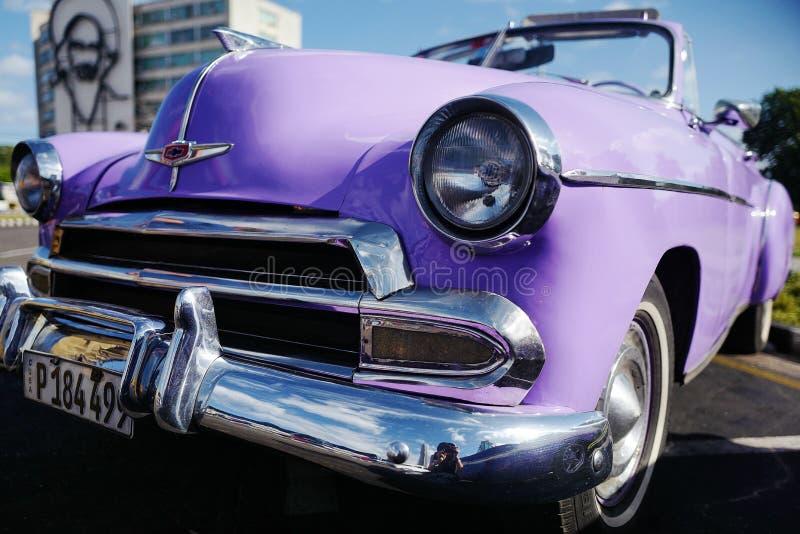 Altes Auto in Havana, Kuba lizenzfreie stockfotografie