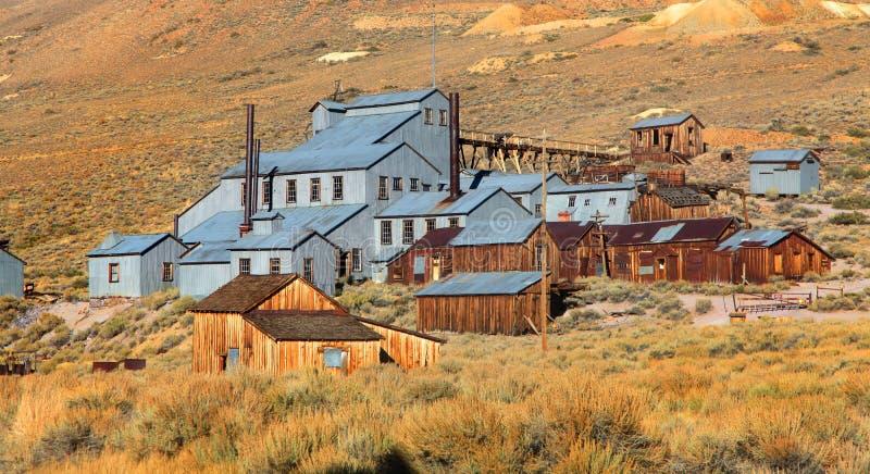 Altes Bergwerk konserviert in Bodie stockfotografie