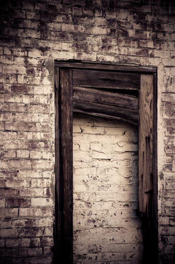 Altes bricked in der Tür stockfotografie