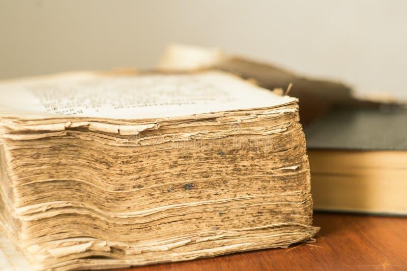 Altes Buch altes slawisches Evangelium stockbild