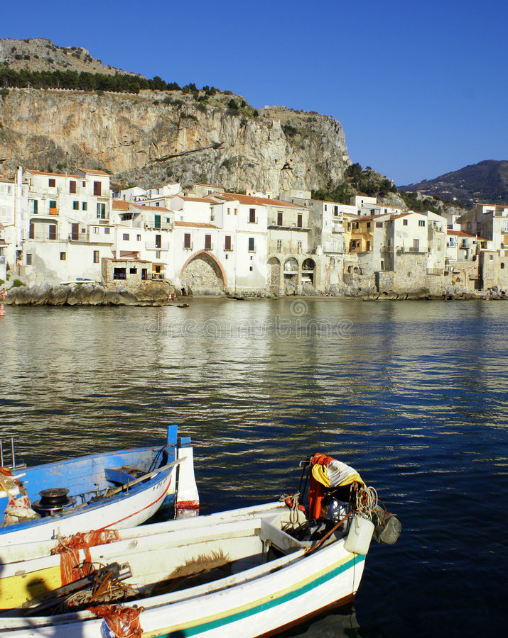 Altes cefalu - Sizilien stockbilder