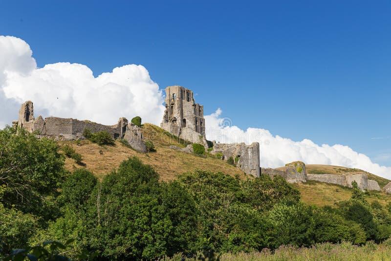 Altes Corfe-Schloss, Dorset, Vereinigtes Königreich lizenzfreie stockfotos