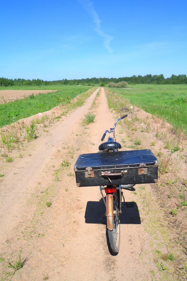 altes Fahrrad lizenzfreie stockfotos