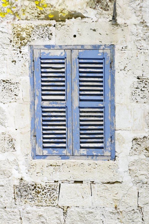 Altes Fenster lizenzfreies stockfoto