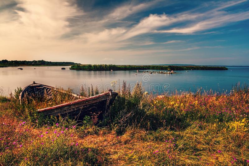 Altes Fischerboot stockbilder