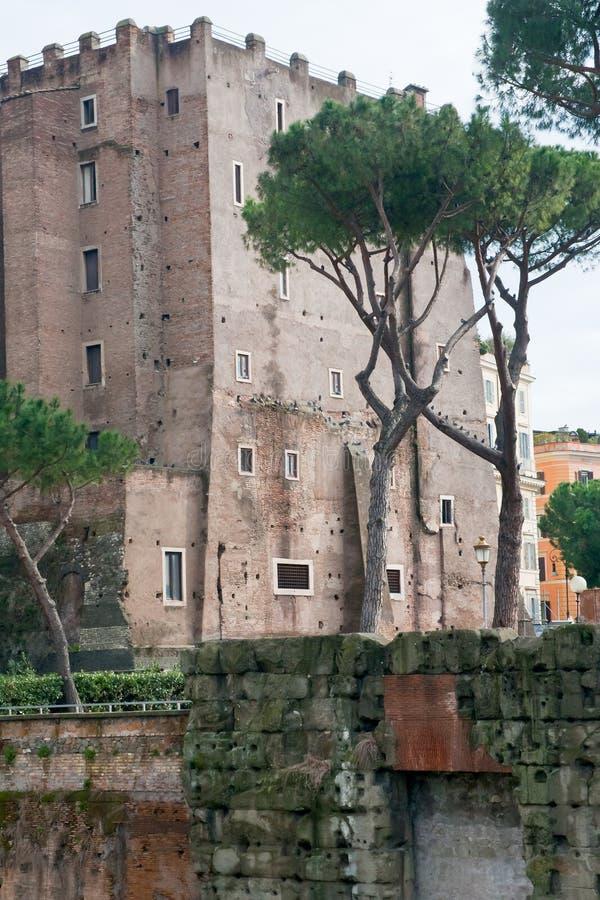 Altes Gebäude auf Forum in Rom stockbild