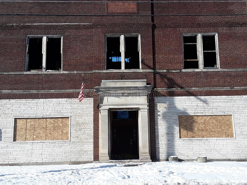 Altes gebranntes Gebäude stockbild